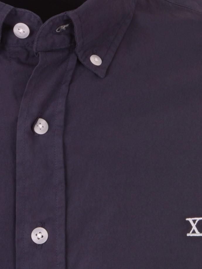 Camisa regular fit sem bolso