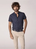 Camisa slim fit manga curta