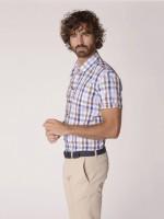 Camisa regular fit cuadros manga corta
