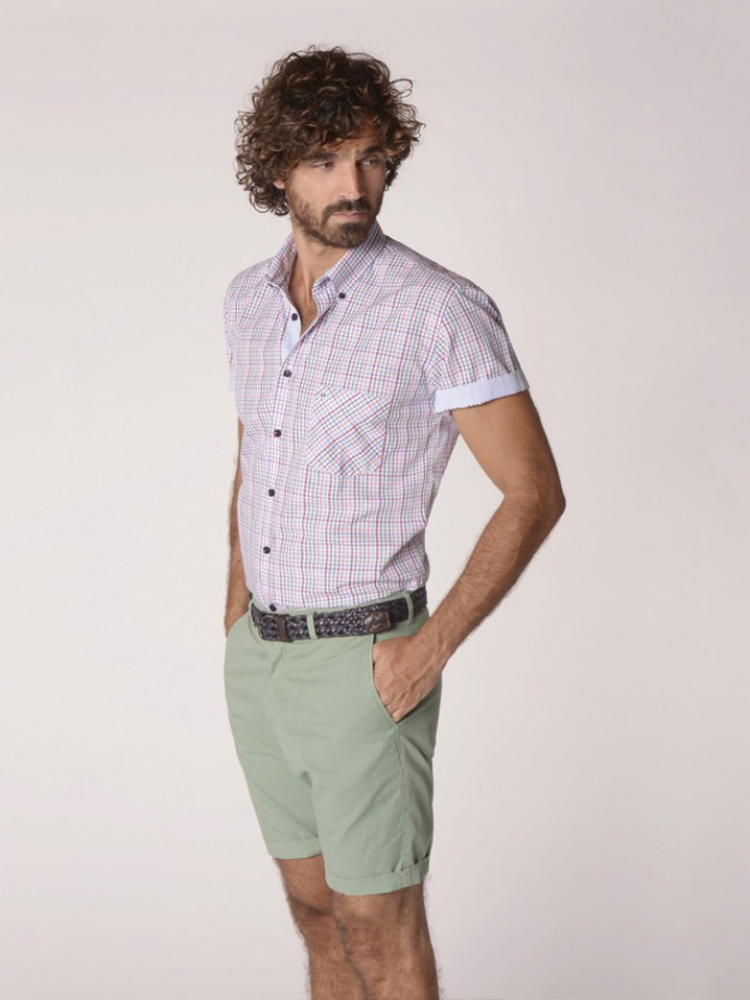 Camisa regular fit cuadros manga corta