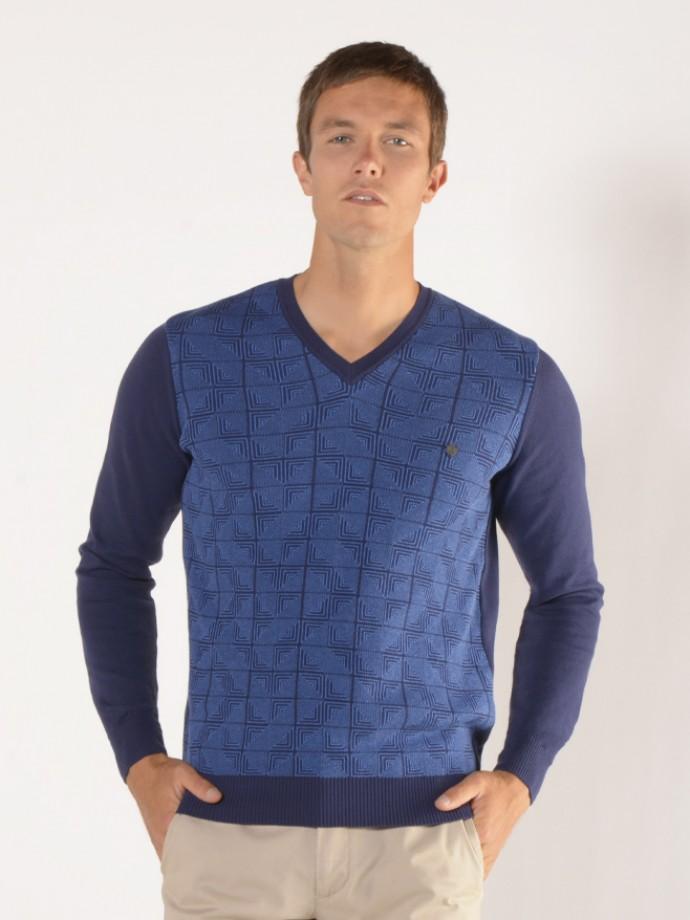 Patterned v-neck sweater
