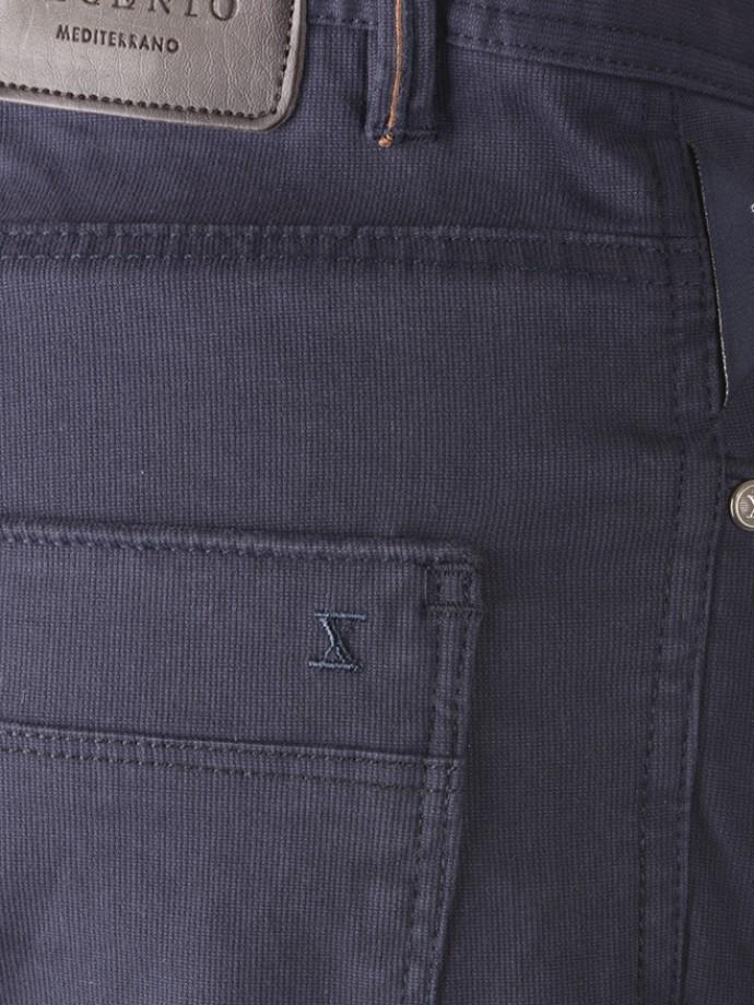 Calça 5 pocket slim fit