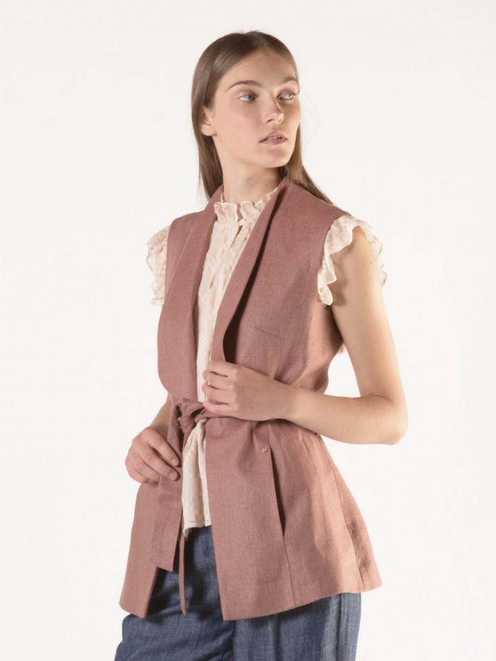 Linen waistcoat with belt