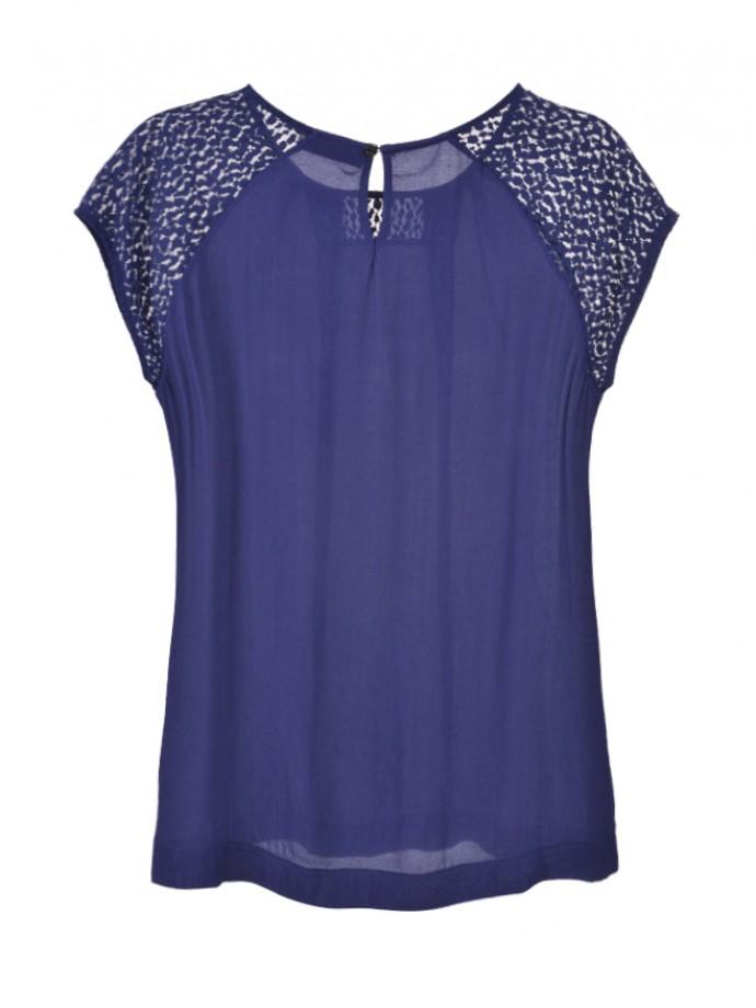 Lace detail t-shirt