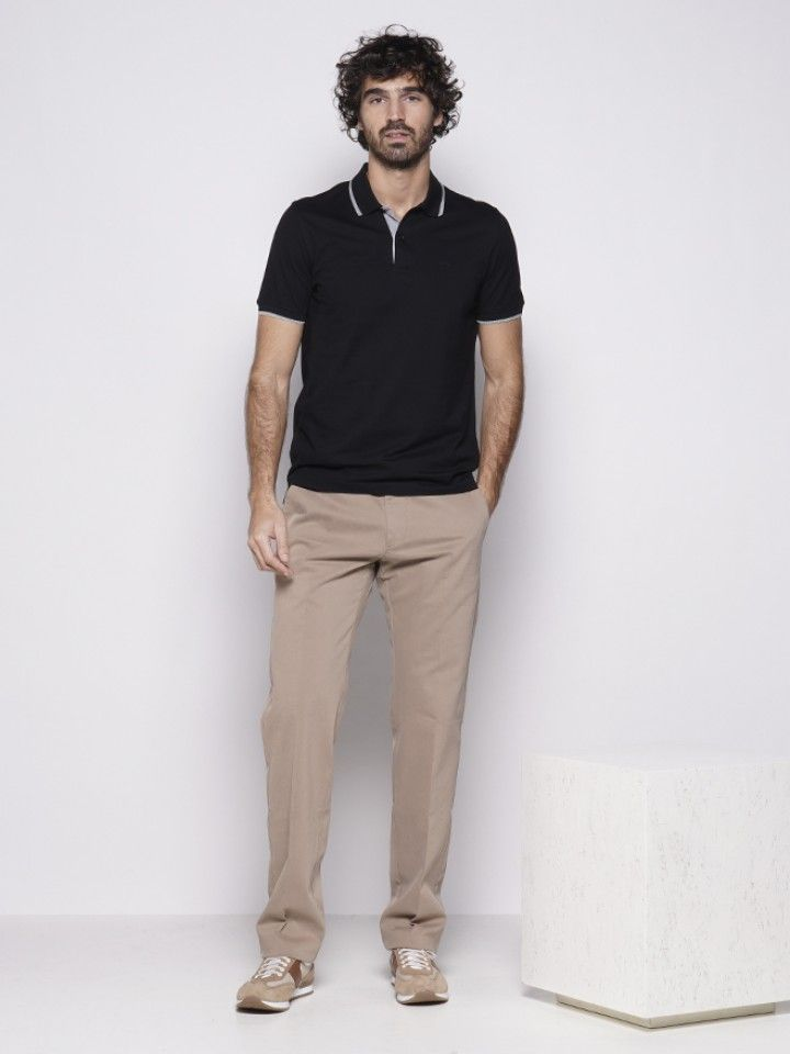Calça chino slim fit