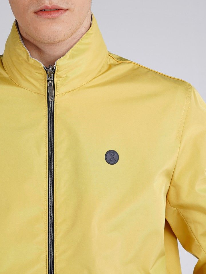 Zip jacket