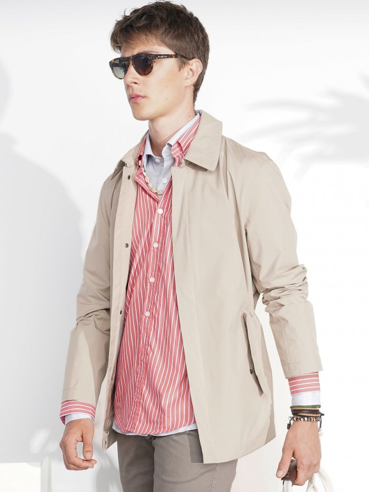 Jacket with hided zip