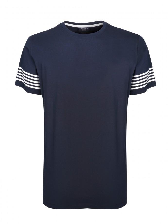 Camiseta detalle de rayas