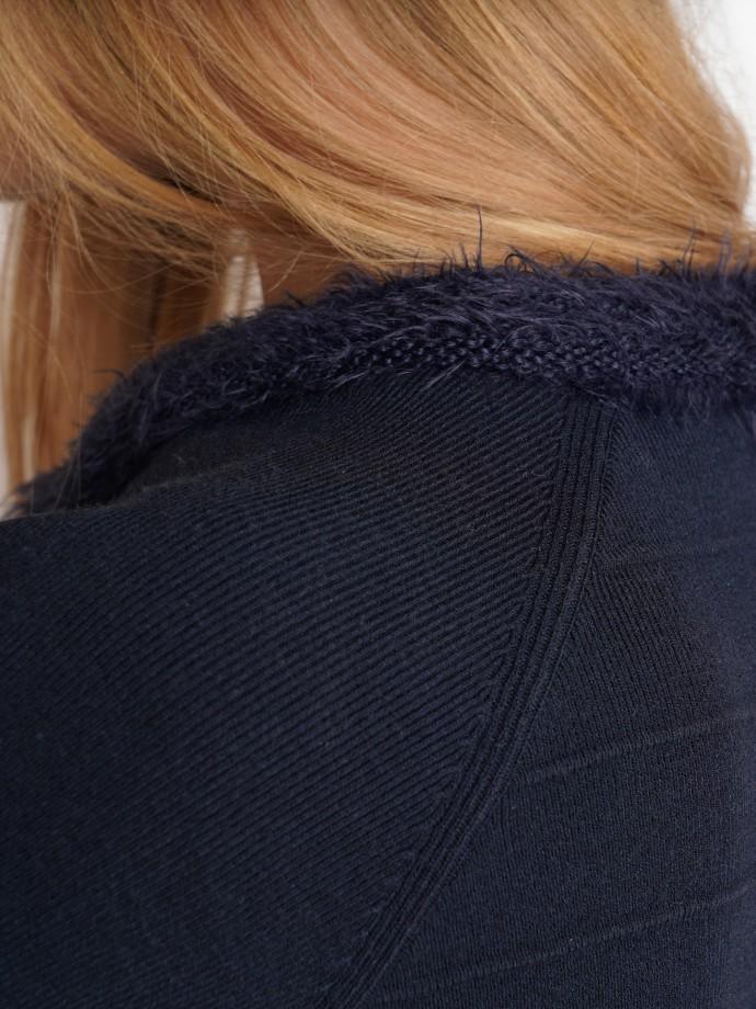 Chaqueta punto detalles de pelo