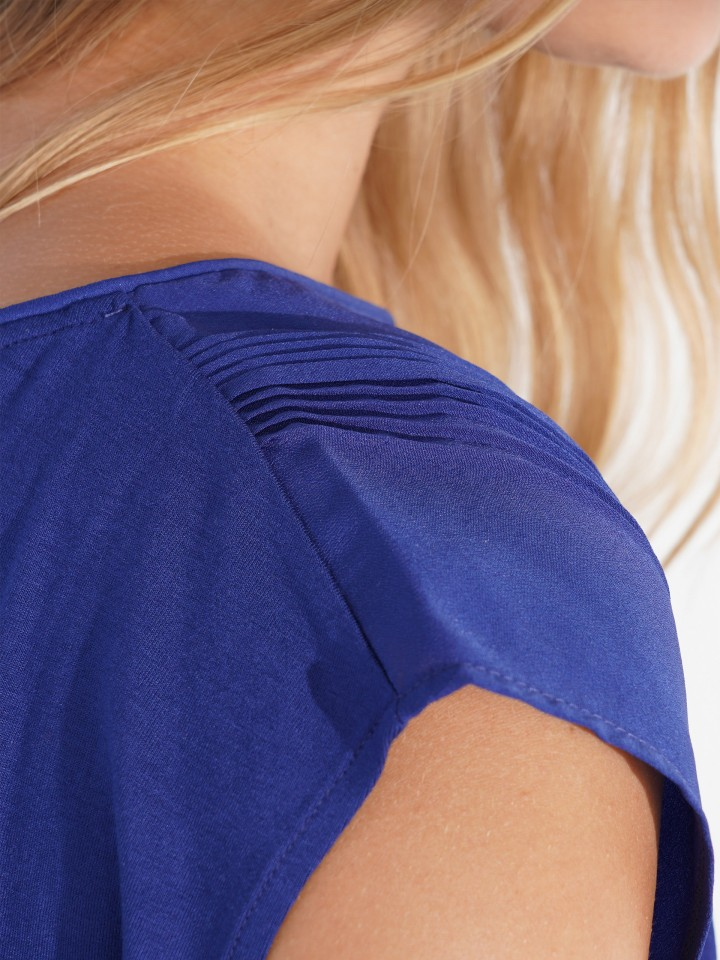 T-Shirt pleated detail