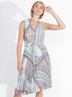Sleeveless pleated dress