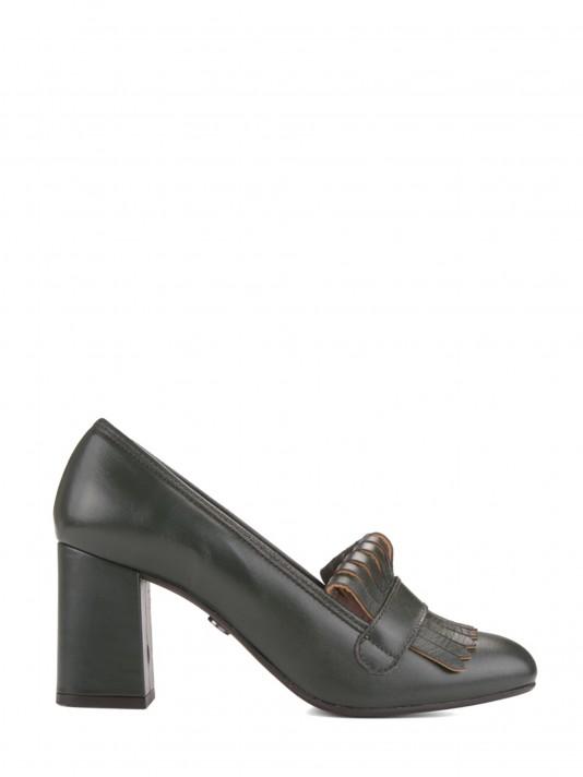 Zapatos flecos