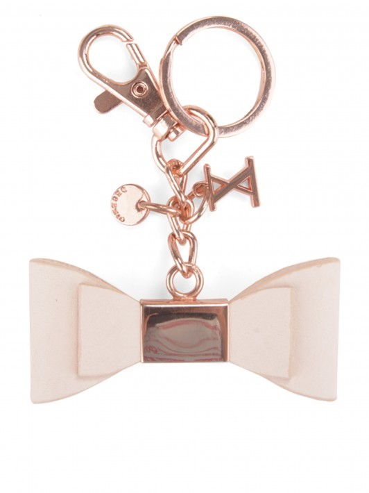 Bow key ring