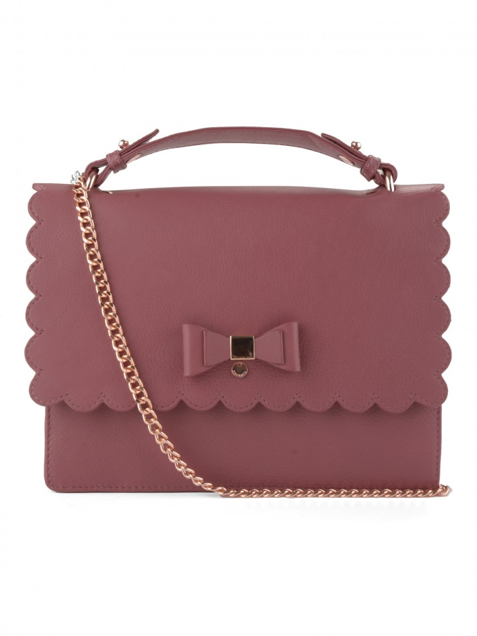 Chain leather bag with bow