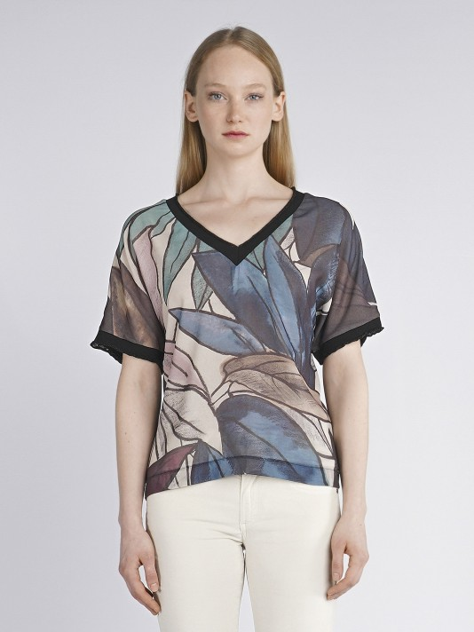 Printed leaf t-shirt