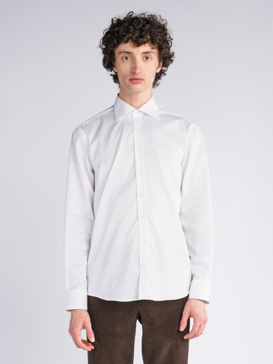 Slim fit classic shirt