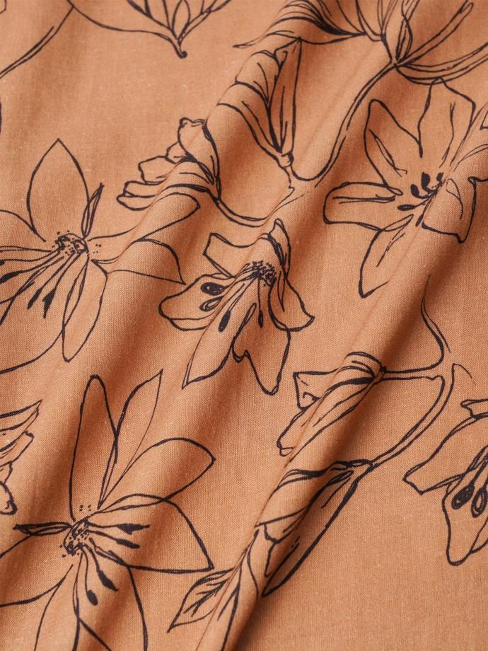 Vestido estampado motivos florais