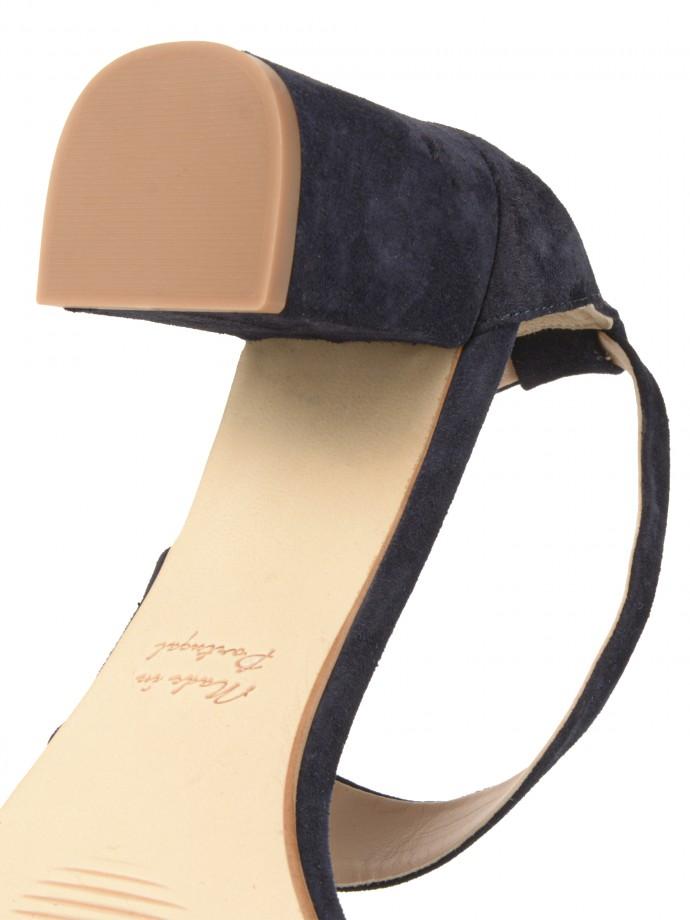 Heel leather sandal