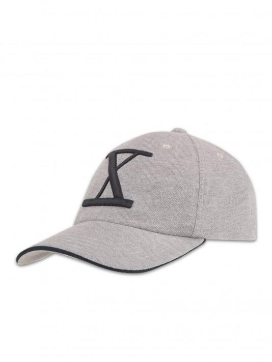 Embroidered pique cap
