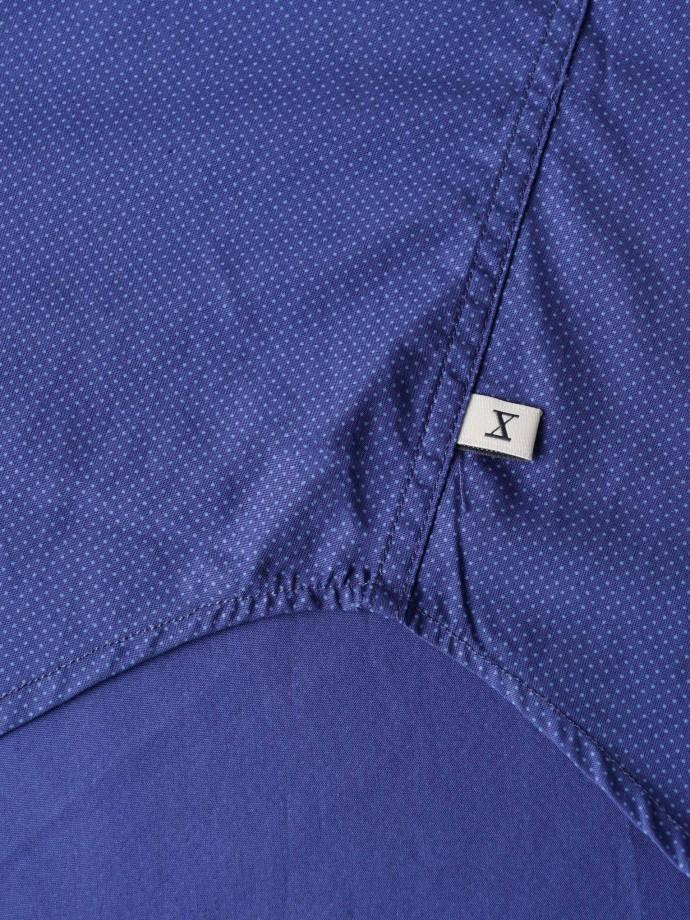 Camisa com micromotivos