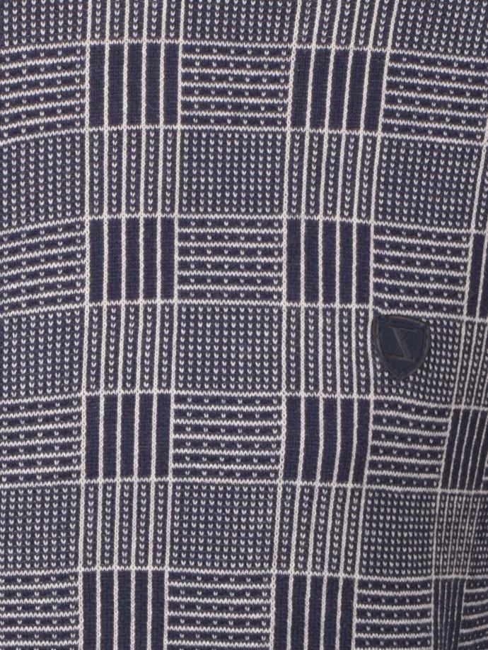 Camisola com carcela e padrão