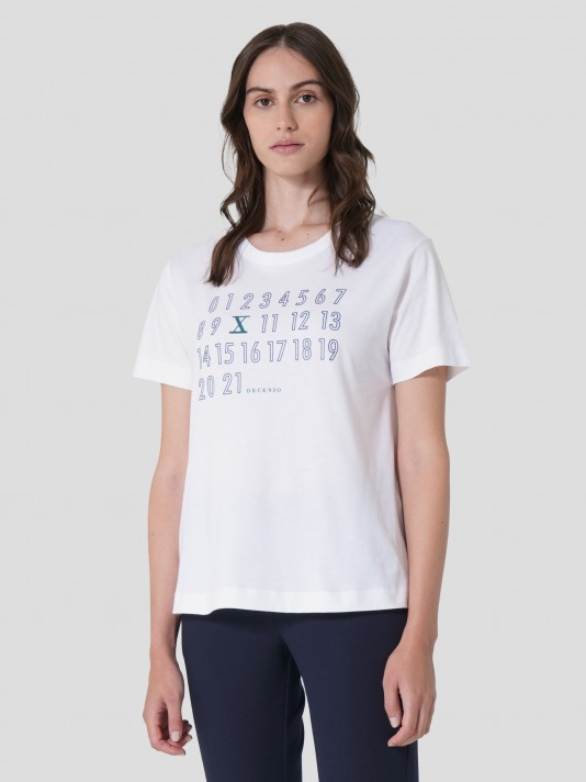 T-Shirt with printed numbers