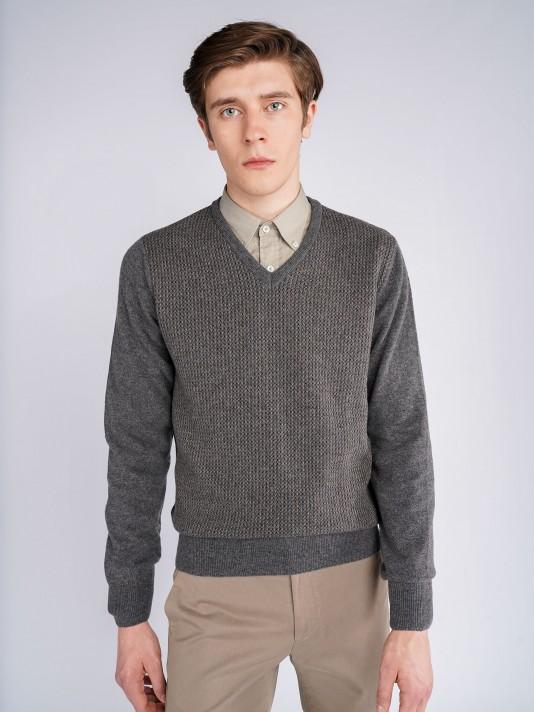 Structured v-neck sweater