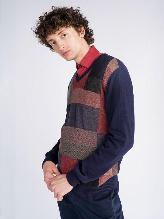V-neck sweater with geometric design