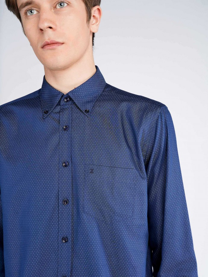 Camisa regular fit em algodão elastano