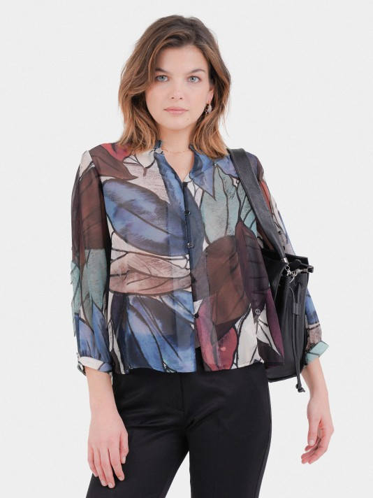 Leaf blouse with pleated sleeves