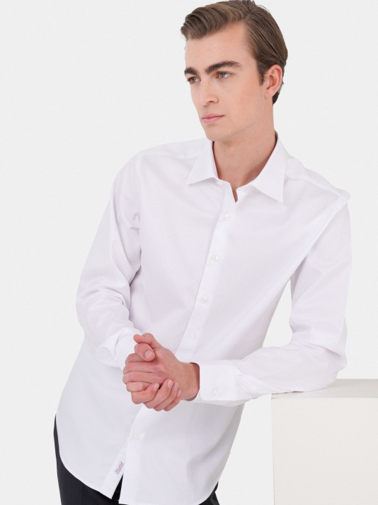 Slim fit classic shirt