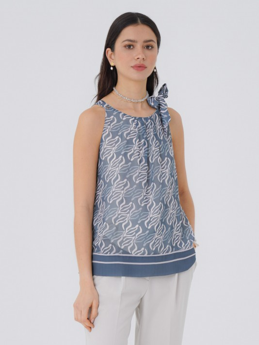 Sleeveless top with geometric print