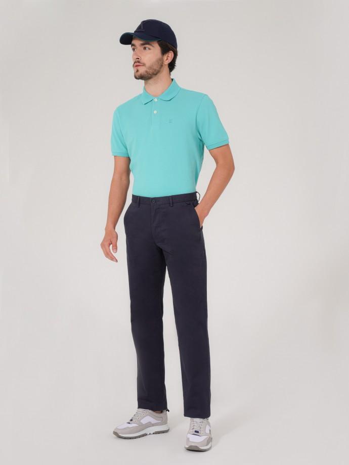 Calça chino com corte regular fit
