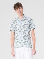 Camisa com estampado floral