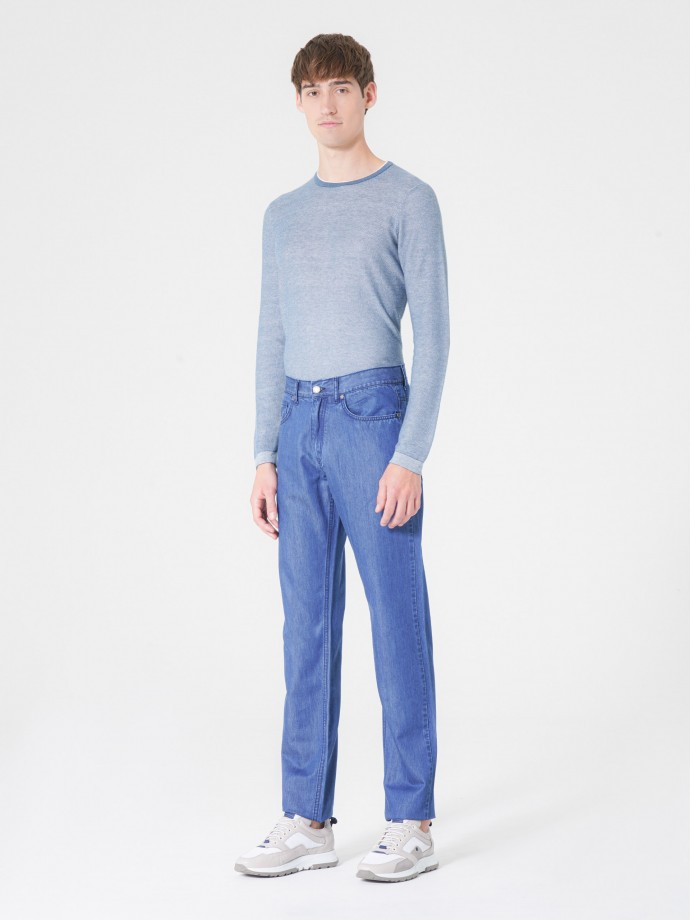 Pantalón denim tencel de corte regular fit