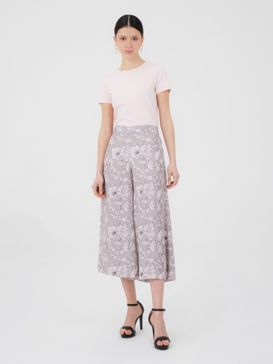 Printed flowers short trousers