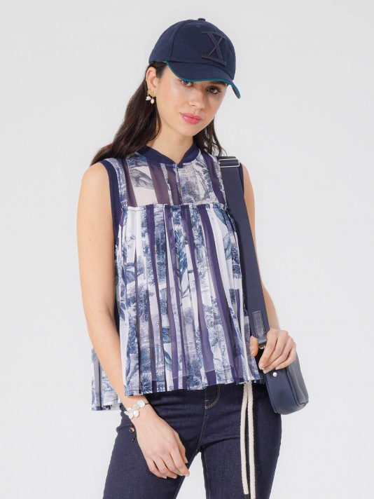 Printed and pleated blouse