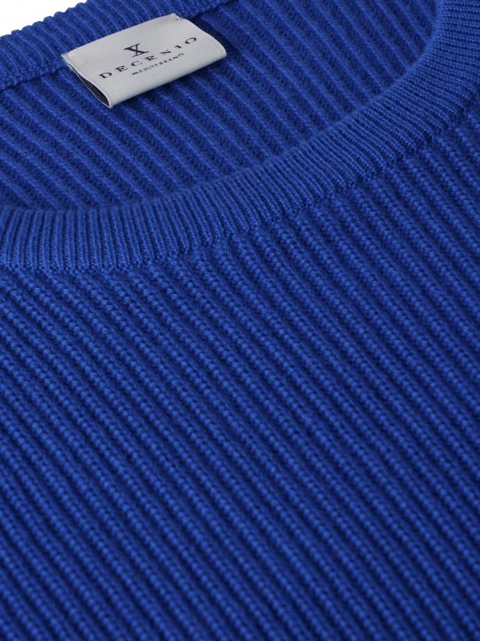 Camisola decote redondo com estrutura
