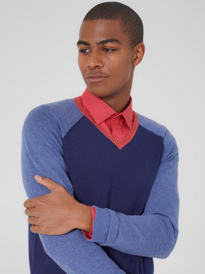 Camisola decote V em lã merino e algodão