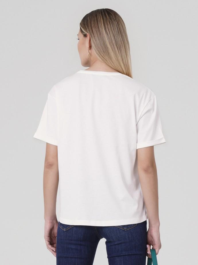 T-shirt com bordado em algodão premium quality
