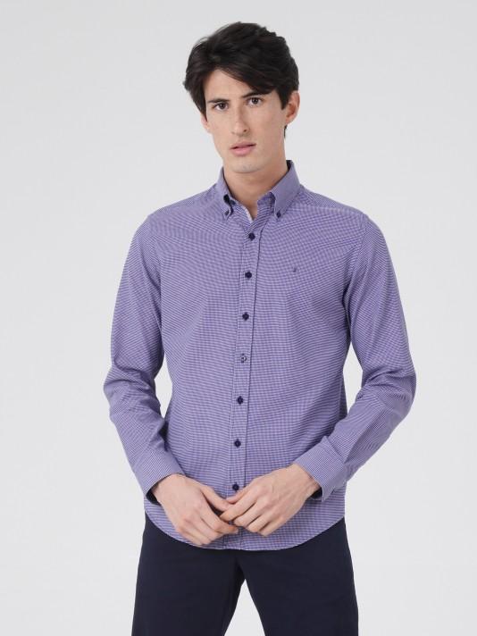 Camisa regular fit com micromotivos